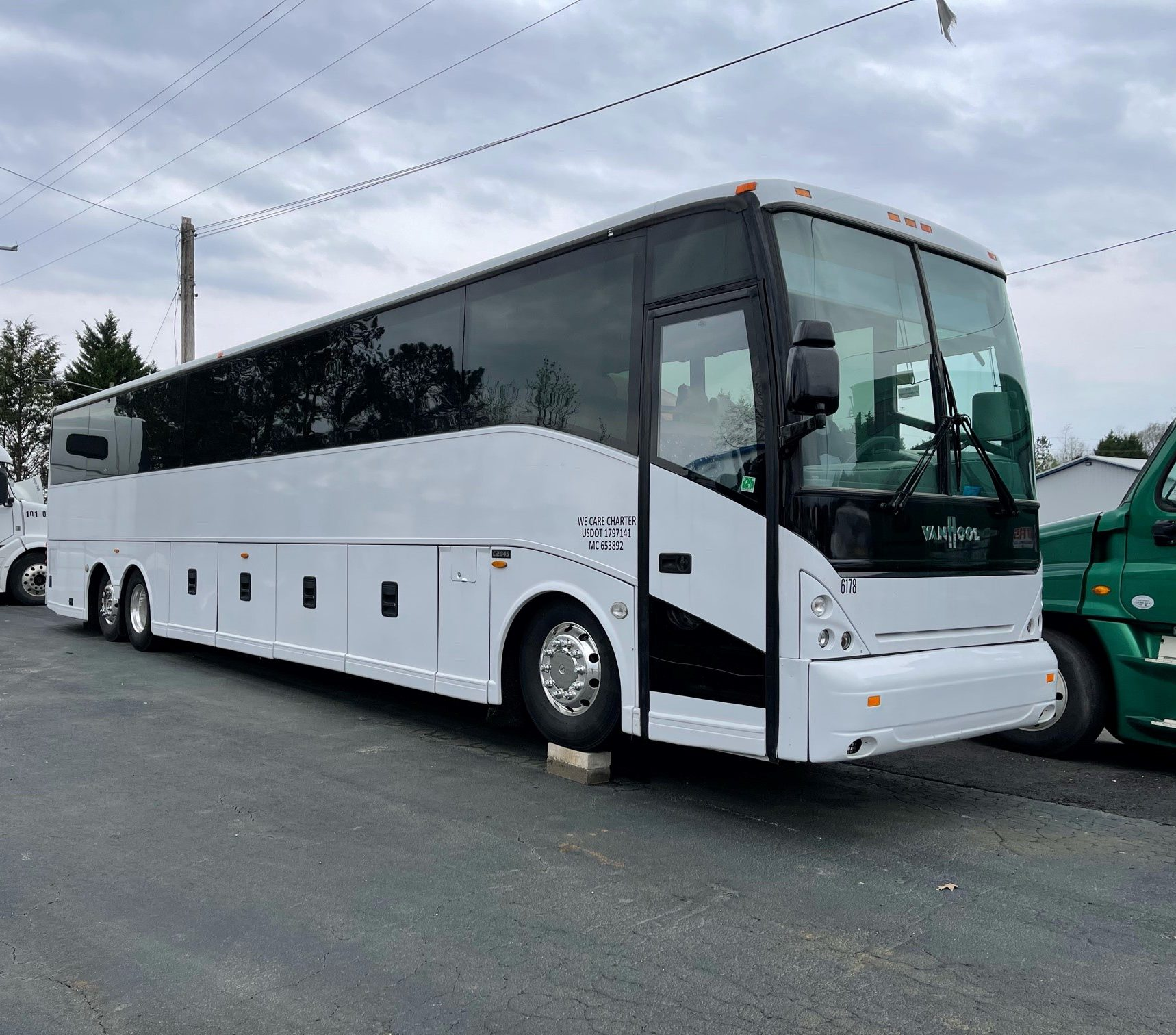 You are currently viewing Unreserved Bus and Truck Auction