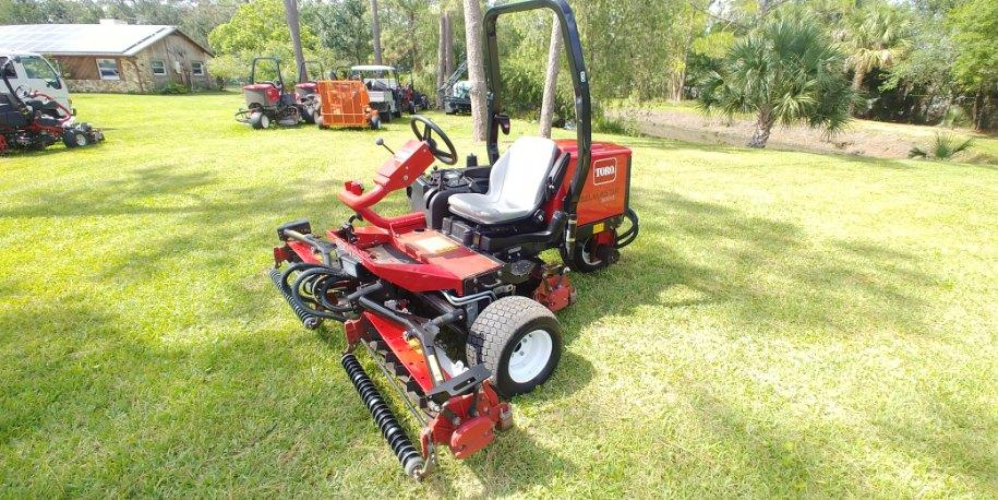 You are currently viewing Online Only Turf Equipment Auction